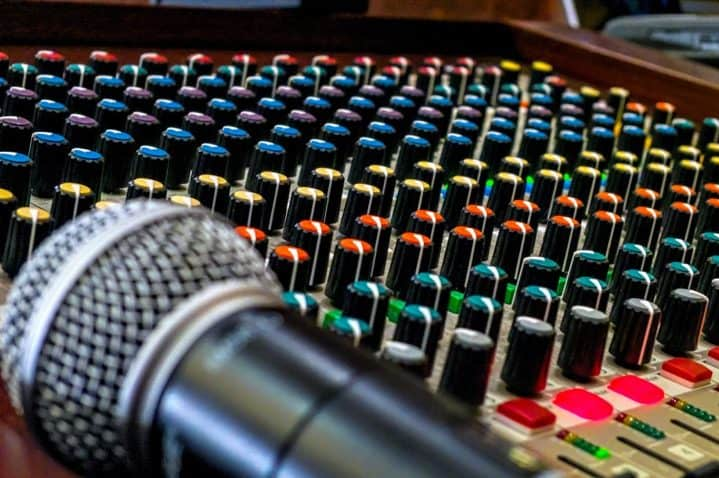 Audio Interface or Mixer for Podcasting